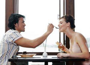 海外で日本人男性が外国人の彼女を作る事は難しい事なのか?