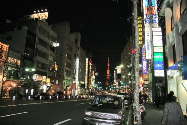 外国人女性(欧米人女性)から見た日本人男性の魅力・イメージについて:欧米人女性達の日本人男性に対する見方・反応