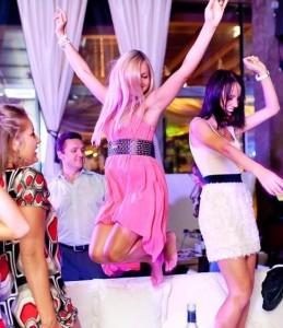 金髪ロシア人女性で出会えるクラブ