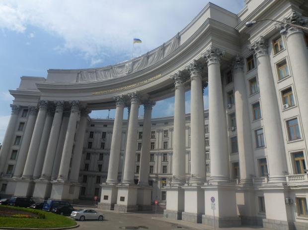 ウクライナ人女性と国際結婚・国際恋愛する前の知識・ウクライナ人女性が提唱する男女平等