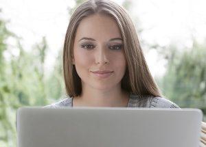 外国人女性とマッチングサイトで出会う際のテクニックやコツを紹介
