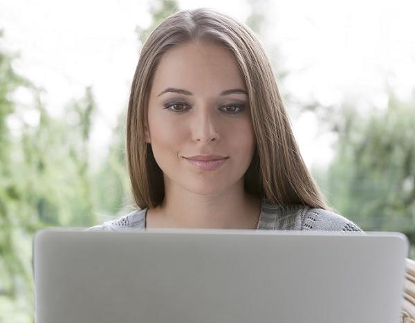 外国人女性とマッチングサイトで出会う際のテクニックを紹介